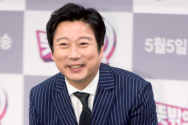 Forbes công bố 40 người nổi tiếng quyền lực nhất Hàn Quốc 2020: BTS - BLACKPINK đổi ngôi, diễn viên, MC lấn át idol với thứ hạng gây sốc - Ảnh 12.