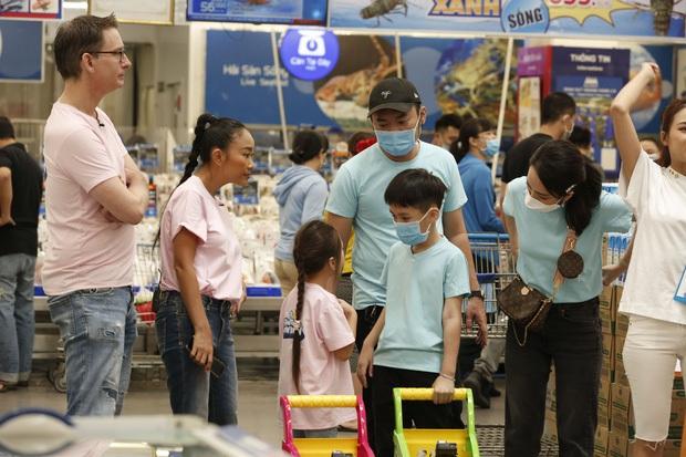 Bé Sol nhà Đoan Trang & bé Andy nhà Thu Trang gây sốt với loạt hình ảnh tình củm hết nấc! - Ảnh 7.