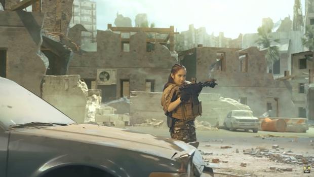 Chán làm streamer, vợ chồng Cris Phan - Mai Quỳnh Anh nhập vai du kích, chiến đấu tưng bừng trong Call Of Duty: Mobile VN - Ảnh 3.