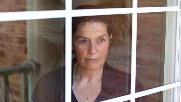Người phụ nữ bị cáo buộc là bệnh nhân số 0 châm ngòi đại dịch Covid-19: Đời tôi có lẽ chẳng bao giờ được như trước nữa - Ảnh 1.