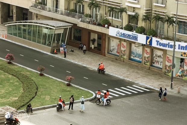 Người Sài Gòn choáng ngợp trước khung cảnh đại lộ Lê Lợi - Nguyễn Huệ - Đồng Khởi đẹp như trong mơ sau khi gỡ rào chắn để xây ga ngầm Metro - Ảnh 12.
