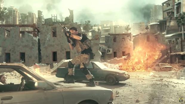 Chán làm streamer, vợ chồng Cris Phan - Mai Quỳnh Anh nhập vai du kích, chiến đấu tưng bừng trong Call Of Duty: Mobile VN - Ảnh 4.