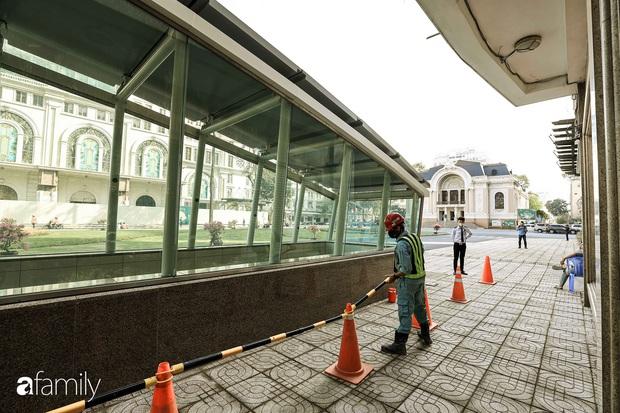 Người Sài Gòn choáng ngợp trước khung cảnh đại lộ Lê Lợi - Nguyễn Huệ - Đồng Khởi đẹp như trong mơ sau khi gỡ rào chắn để xây ga ngầm Metro - Ảnh 20.