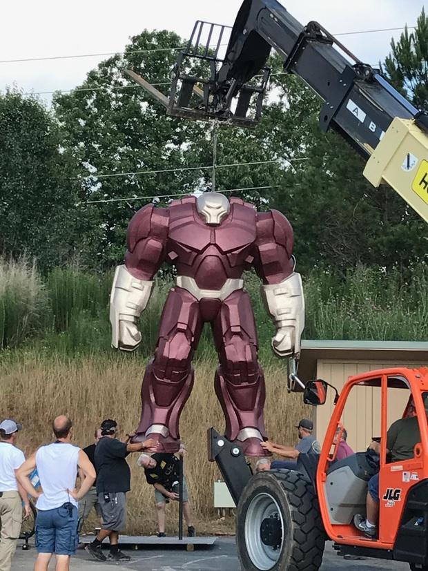Netizen náo loạn trước những cảnh bị cắt ở Infinity War: Doctor Strange mặc đồ Iron Man hay hậu trường móc mắt gây sốc hơn? - Ảnh 7.