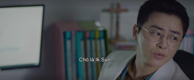 5 khoảnh khắc cười ná thở ở Hospital Playlist: Đỉnh cao là màn líu lưỡi Ik Sun là em gái, Micky là chó, chó là Ik Sun - Ảnh 17.