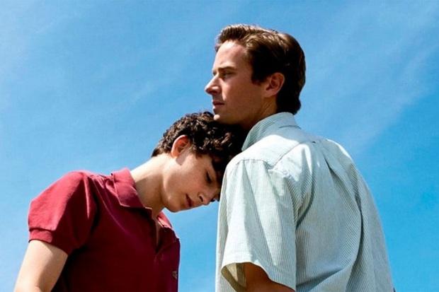 Call Me by Your Name có phần 2: Chú đẹp trai bỏ vợ về với hoàng tử trái đào Timothée Chalamet? - Ảnh 3.