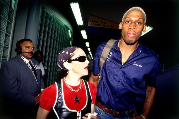 Dennis Rodman,trai hư độc nhất tại NBA và sự thật ẩn sau câu chuyện được Madonna trả 20 triệu USD để xin một đứa con - Ảnh 3.