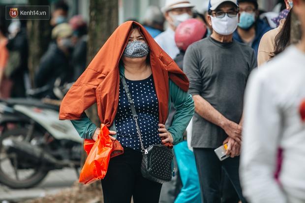 Hà Nội: Từ ngày mai, ra đường không cần thiết sẽ bị xử phạt - Ảnh 2.