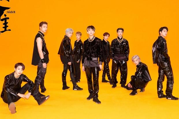 BTS đạt chứng nhận triệu bản nhân 4, là nghệ sĩ Hàn đầu tiên bán 20 triệu album trên Gaon; IZ*ONE phá kỉ lục của TWICE để dẫn đầu các girlgroup - Ảnh 6.