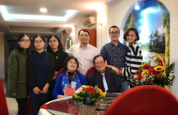 Rộ nghi vấn Thu Quỳnh sắp lên xe hoa vì chi tiết đặc biệt trong ảnh hội ngộ dàn sao Về nhà đi con - Ảnh 6.
