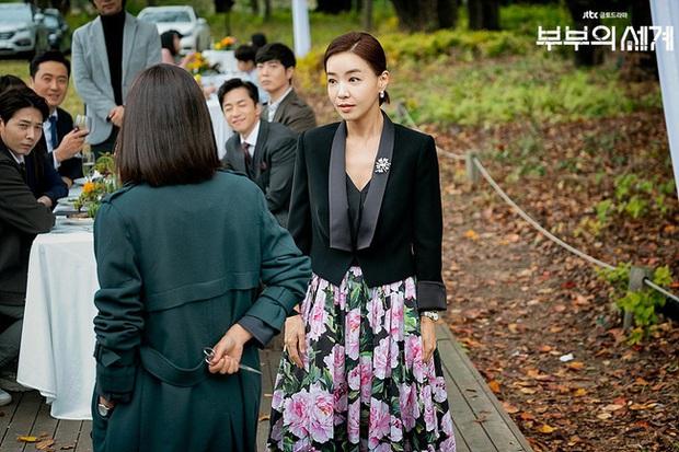 Style trong siêu phẩm bóc phốt ngoại tình đang gây sốt xứ Hàn: Từ nữ chính đến phụ đều mặc đẹp mãn nhãn, không cày phim tiếc lắm ai ơi! - Ảnh 12.