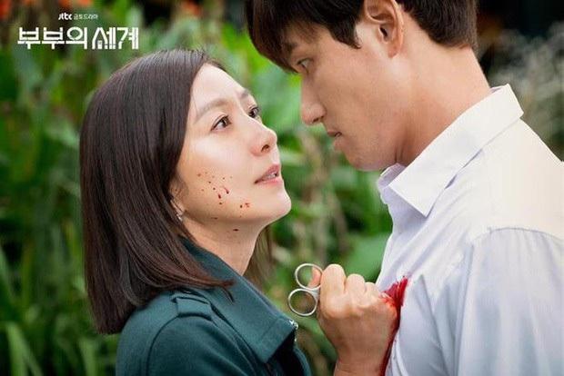 5 kiểu ngoại tình sôi máu trong phim Hàn, tức nhất là màn cà khịa bà cả của bản sao Song Hye Kyo ở Thế Giới Hôn Nhân - Ảnh 6.