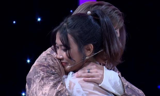 Tình yêu hoàn mỹ: Fan cứng của Sơn Tùng M-TP từ chối Hoàng Trung để tỏ tình với Cody (Uni5) - Ảnh 6.