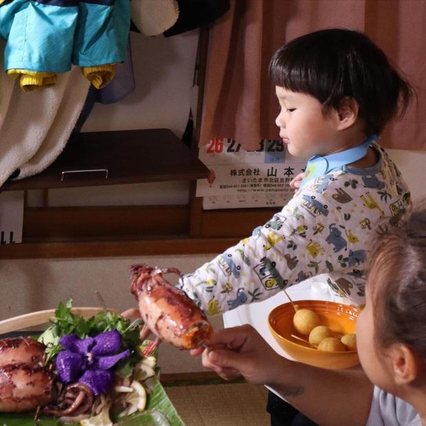 """Loạt ảnh hậu trường chưa từng được tiết lộ đằng sau những vlog triệu views của Quỳnh Trần JP, xem xong càng thấy thán phục """"mẹ bỉm sữa"""" này! - Ảnh 10."""