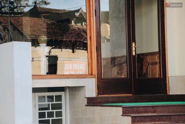 Khách du lịch tăng đột biến dịp nghỉ lễ, khách sạn ở Đà Lạt vẫn chưa cháy phòng như mọi năm - Ảnh 8.