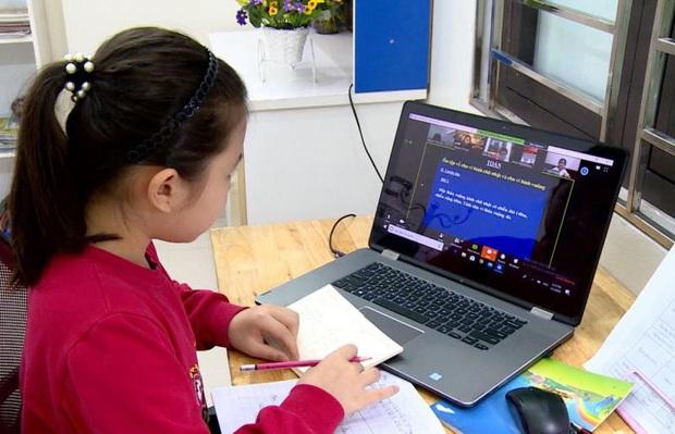 Bắt buộc người học hiển thị rõ họ tên khi tham gia lớp học trực tuyến - Ảnh 1.