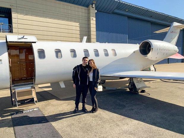 Đại gia như Shroud, bỏ hẳn 300 triệu thuê phi cơ riêng chỉ để về nhà cho kịp giờ săn boss - Ảnh 2.