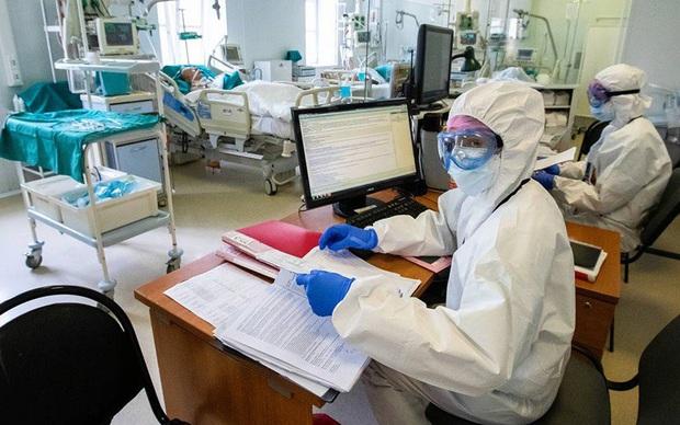 Nga ghi nhận hơn 106.000 ca mắc Covid-19, 1.073 người chết do bệnh này - Ảnh 1.