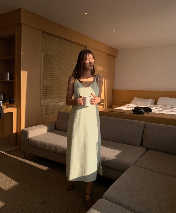 5 mẫu váy xứng đáng được chị em đầu tư vì diện lên chỉ trẻ trung xinh tươi chứ muốn dừ đi cũng khó - Ảnh 13.