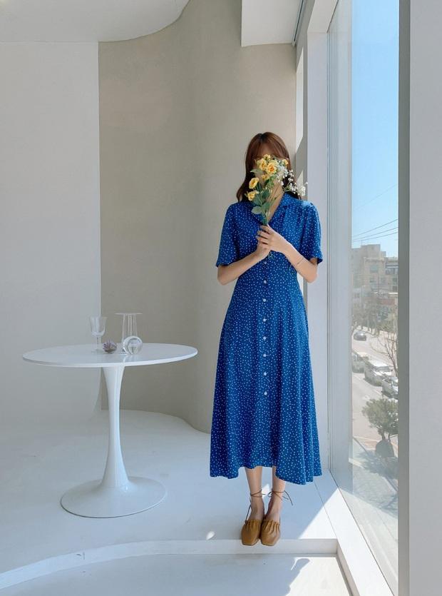 5 mẫu váy xứng đáng được chị em đầu tư vì diện lên chỉ trẻ trung xinh tươi chứ muốn dừ đi cũng khó - Ảnh 3.