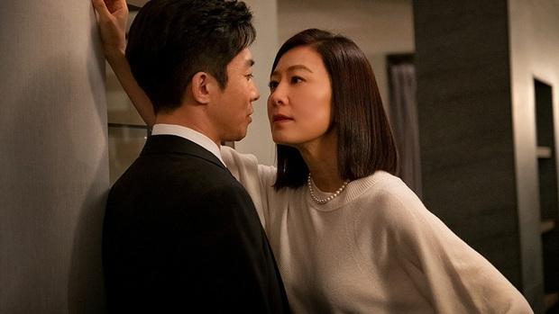 """Hết Tầng Lớp Itaewon đến Thế Giới Hôn Nhân, JTBC chính là vựa phim xã hội chuyên xuất xưởng """"hiện tượng truyền hình"""" - Ảnh 6."""