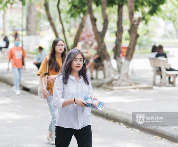 Hàng loạt trường đại học miễn giảm học phí, hỗ trợ tiền cho sinh viên nghỉ học tránh dịch - Ảnh 1.