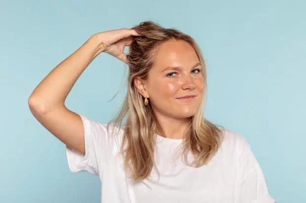 3 tuần không dùng dầu gội đầu, cô gái thấy tóc mềm mượt, óng ả hơn hẳn, lại còn giảm gãy rụng thấy rõ - Ảnh 8.