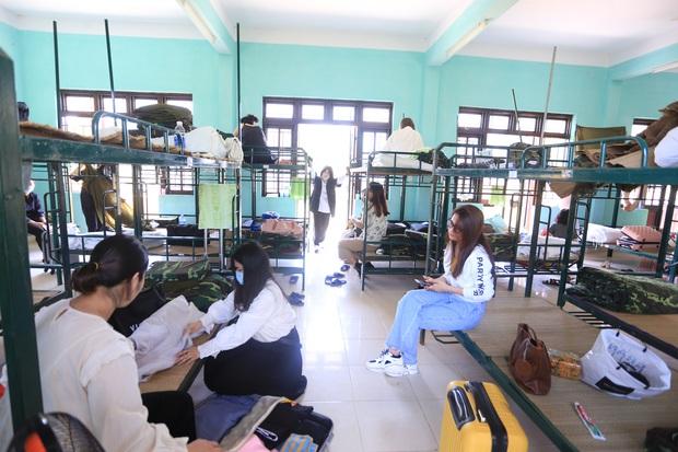 Toàn bộ người từ Hà Nội, TP.HCM đến Đà Nẵng sẽ phải cách ly 14 ngày có thu phí - Ảnh 2.