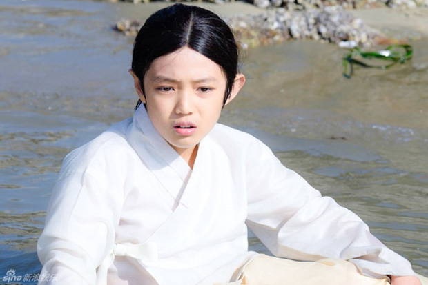 Phát cuồng vì cậu nhóc đẹp trai trong Thế Giới Hôn Nhân: Mới tập 3 mà hội chị em đã đòi góp gạo! - Ảnh 7.