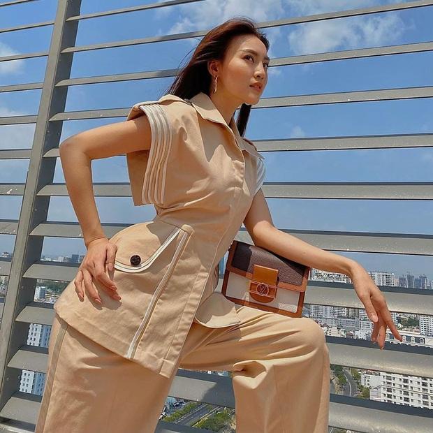 Sao Việt đua nhau chụp ảnh trên sân thượng, sống ảo tại gia mà cũng xịn sò ra trò - Ảnh 1.