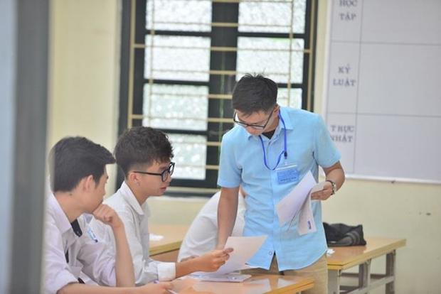 Bộ GD&ĐT: Giáo viên, học sinh cần bám sát nội dung tinh giản và đề minh hoạ  - Ảnh 2.