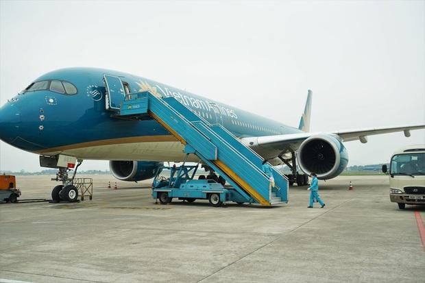Vietnam Airlines giới hạn số lượng khách trên mỗi chuyến bay đến TP. HCM - Ảnh 1.