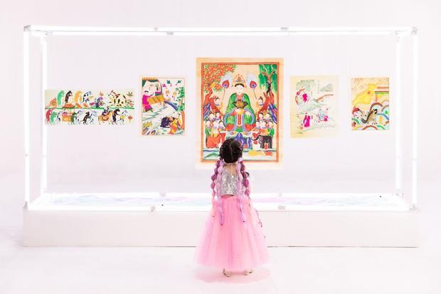 Giải mã MV mới của Hoàng Thuỳ Linh: Ván cờ căng não, 5 bức tranh Hàng Trống cùng những ẩn ý đằng sau hàng chục bộ trang phục - Ảnh 3.