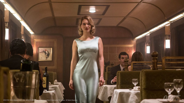 Bóng hồng của Điệp Viên 007 đại diện chị em cất lên tiếng khai thật: Nhìn James Bond mị thấy rần rần cả người! - Ảnh 3.