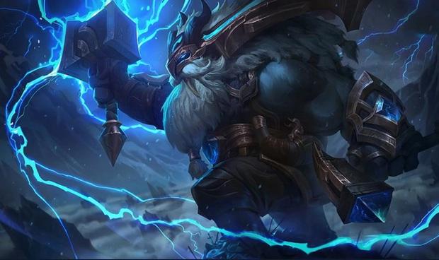 BLV LCK mỉa mai Riot Games - Ornn là sát thủ, đấu sĩ, pháp sư, hỗ trợ, thầy pháp, tu sĩ... đủ cả - Ảnh 2.