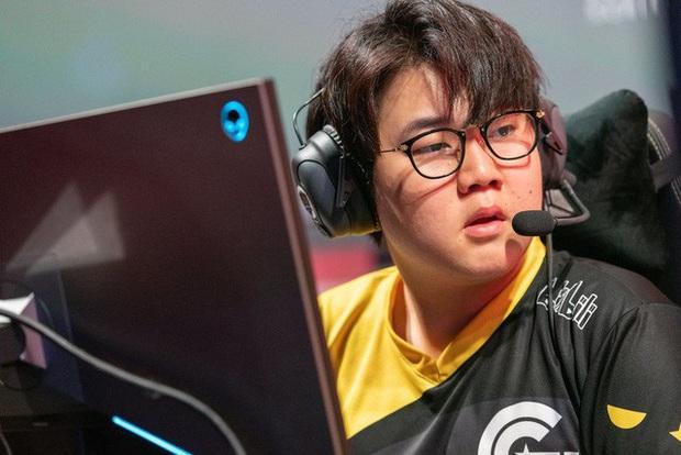 Không vào nổi playoff LCS, cựu sao SKT T1 - Huni đứng trước nguy cơ bị rao bán ngay trong mùa hè - Ảnh 4.