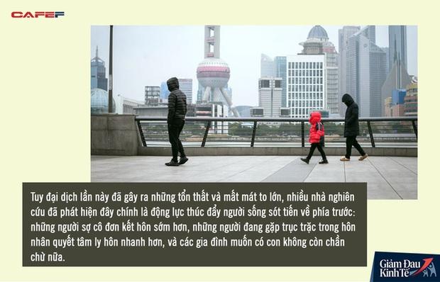 Lệnh phong tỏa gỡ cũng là lúc phụ nữ Trung Quốc đệ đơn ly hôn hàng loạt: Gia đình rạn nứt từ những mâu thuẫn nhỏ nhặt vô tình lộ ra trong đại dịch Covid-19 - Ảnh 5.