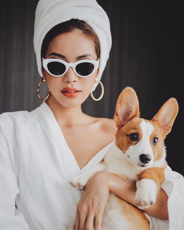 Chỉ đơn giản là diện áo choàng tắm, mỹ nhân Việt - Hàn đã có được những khoảnh khắc sống ảo cực nghệ - Ảnh 7.