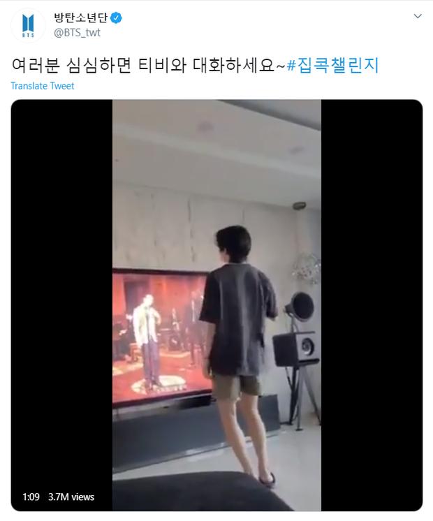"""Quá """"vã"""" diễn trên sân khấu, V (BTS) liền nhảy trước TV nhưng lại lên top trending nhờ… đôi chân khiến fan """"GATO"""" đỏ mắt - Ảnh 3."""