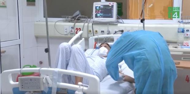 Bệnh nhân 237 người Thuỵ Điển không hợp tác điều trị, đã được kết nối để nói chuyện với con gái - Ảnh 1.
