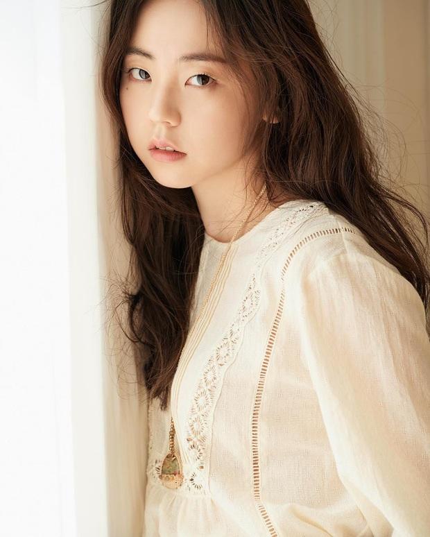 Bức ảnh gây tranh cãi nảy lửa: Sohee (Wonder Girls) khó chịu ra mặt, lườm sao nam vì bị nhìn lén vòng 1, thực hư ra sao? - Ảnh 3.