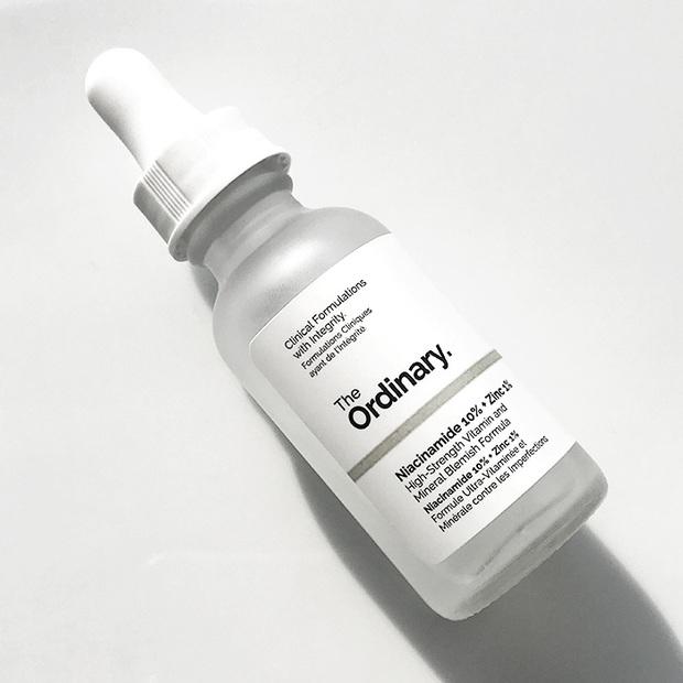 6 serum bình dân được chị em mua lia lịa đợt này: Cấp ẩm căng bóng chưa đến 200k, vitamin C chỉ hơn 300k mà xịn sò - Ảnh 3.