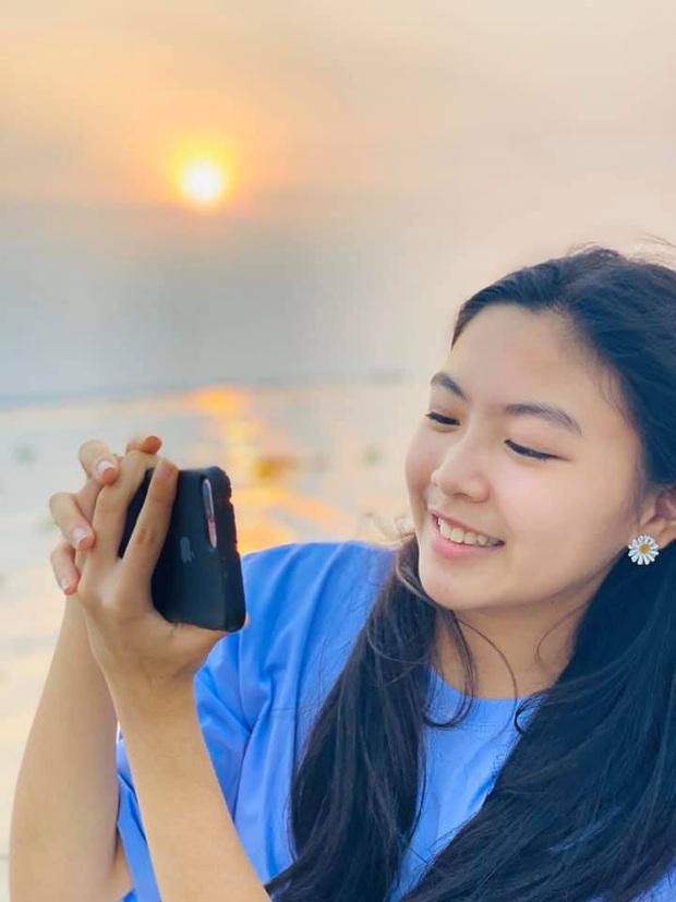 Quyền Linh đăng ảnh ngày ấy bây giờ mừng sinh nhật con gái lớn Lọ Lem: Đúng là dậy thì thành công, mới 14 tuổi đã cao vượt trội - Ảnh 3.