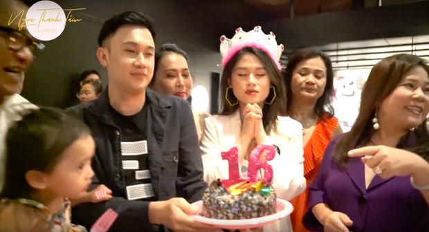 """""""Vũ trụ vlogger"""" Việt lại có thêm một cái tên tiềm năng: Xinh đẹp và sang chảnh, lác mắt với kênh Youtube toàn trải nghiệm 5 sao - Ảnh 5."""