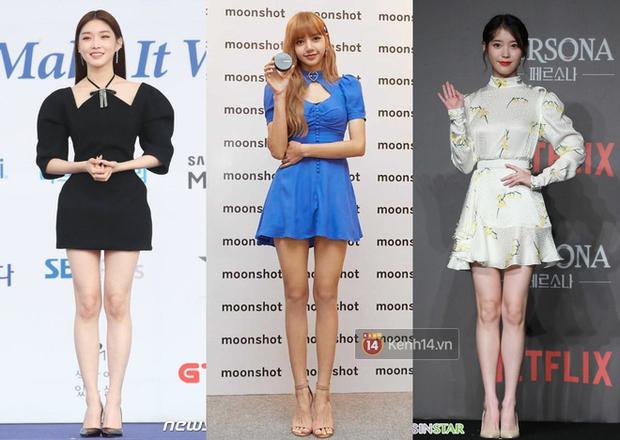 Các mỹ nhân xứ Hàn có 4 dáng pose tủ trông thì đơn giản mà lợi hại kinh ngạc, hack chân dài dáng chuẩn đẹp mê - Ảnh 1.