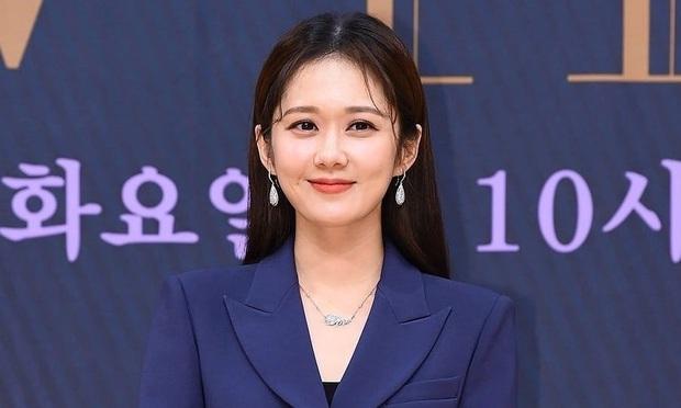 9 diễn viên tham gia MV huyền thoại Beijing Welcome You sau 12 năm: Jang Nara là sao Hàn duy nhất chung mâm với dàn sao hạng A Hoa Ngữ - Ảnh 13.