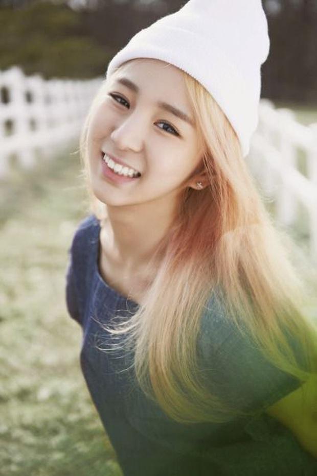 Những idol rời nhóm ngay sau khi debut: HyunA rời Wonder Girls nhưng lại tỏa sáng, tân binh JYP nghi bị đuổi khỏi nhóm đầy bí ẩn - Ảnh 13.