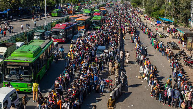 Ca tử vong do COVID-19 tại khu ổ chuột hơn 1 triệu dân gióng hồi chuông báo động đỏ cho tình hình ở Ấn Độ - Ảnh 2.