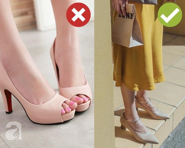 Dọn dẹp tủ đồ, chị em tiện tay tiễn luôn 4 kiểu giày dép hết thời sau kẻo diện lên thế nào cũng làm xấu cả tổng thể - Ảnh 4.