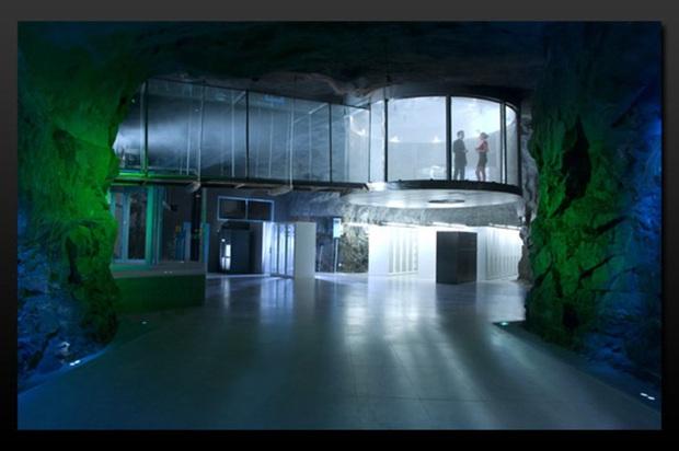 Covid-19 đã khởi động một loạt văn phòng ma dành cho ngày tận thế: Siêu bảo mật, bất chấp mọi kiểu đại thảm họa - Ảnh 4.